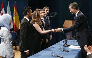 Felipe VI asegura que los españoles ya no son rivales unos de otros