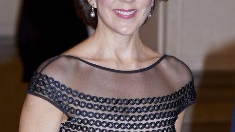La familia real danesa ofrece una cena de gala