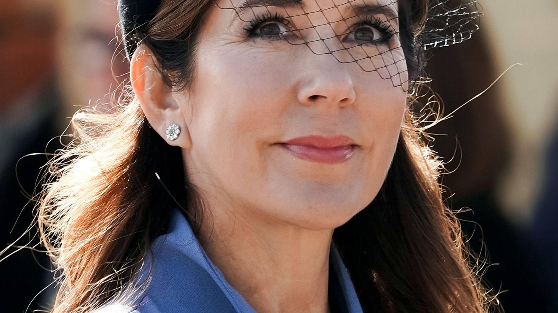 10 inspiradores looks de invitada que llevaron las royals y podemos recrear