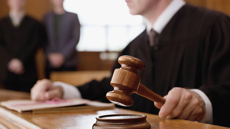 Foto: Un juez dictando sentencia. (iStock)