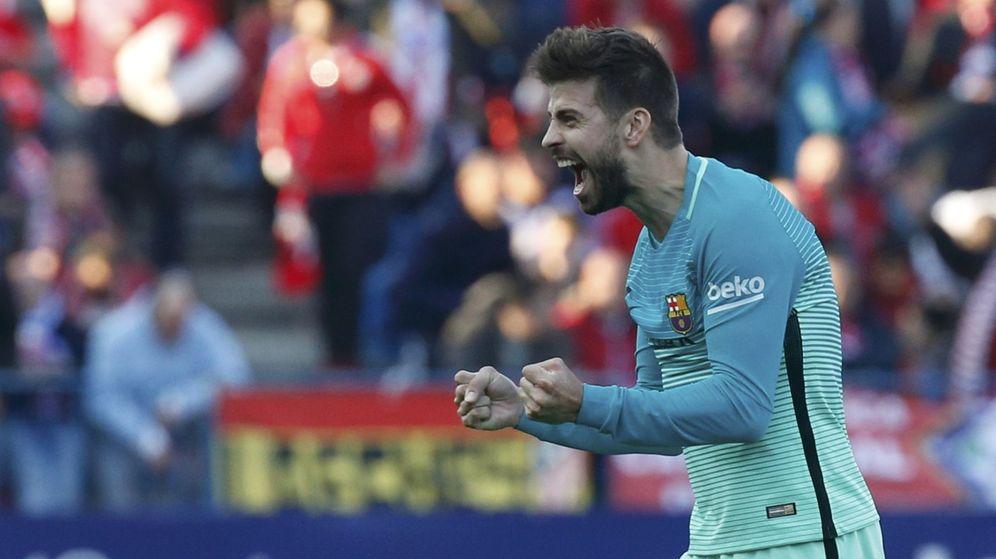 Foto: Gerard Piqué, en un partido del FC Barcelona. (Reuters)
