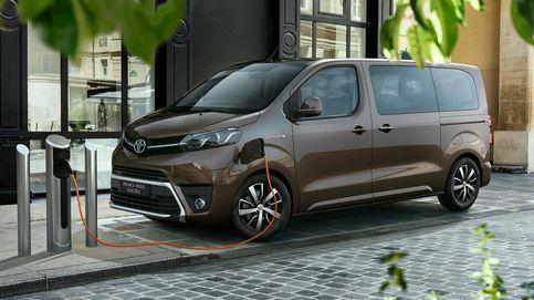 Toyota renueva y añade mejoras a su gama comercial Proace y Proace Electric