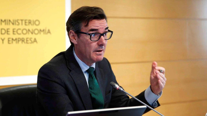 El Tesoro capta 1.825 millones de euros y ahonda en los tipos negativos a cinco años