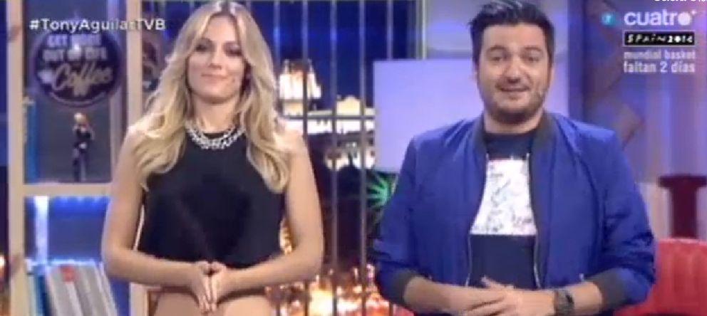 Foto: Los presentadores de 'Todo va bien' pidiendo disculpas