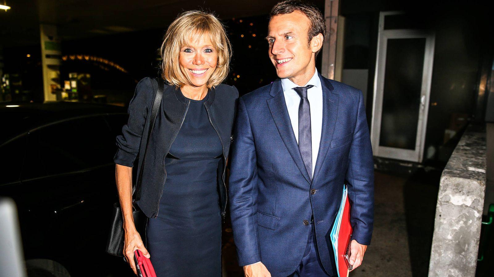 Foto: Macron y su esposa Brigitte. (Gtres)