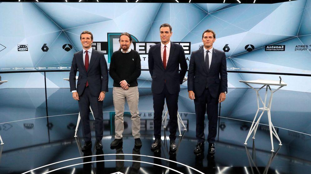Foto: Los candidatos a presidir el Gobierno de España, en el segundo debate antes de las elecciones. (EFE)