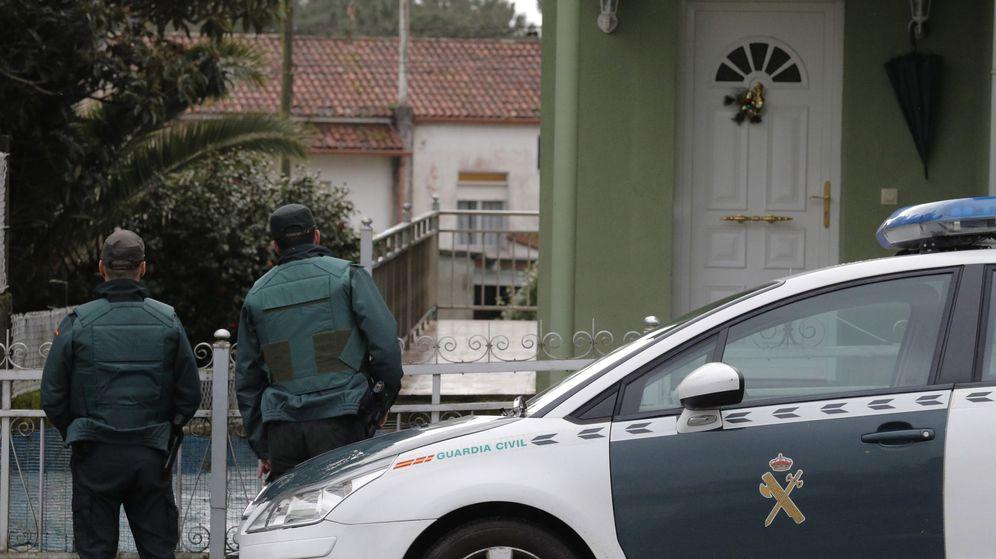 Foto: Registro de la vivienda del Chicle en A Coruña. (EFE)