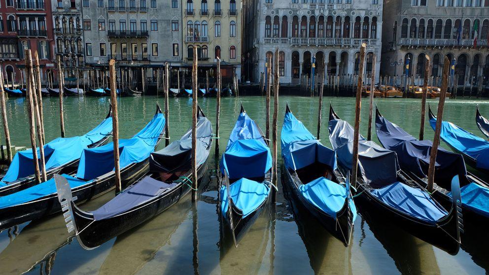 Lo nunca visto: los canales de Venecia están desiertos por el coronavirus