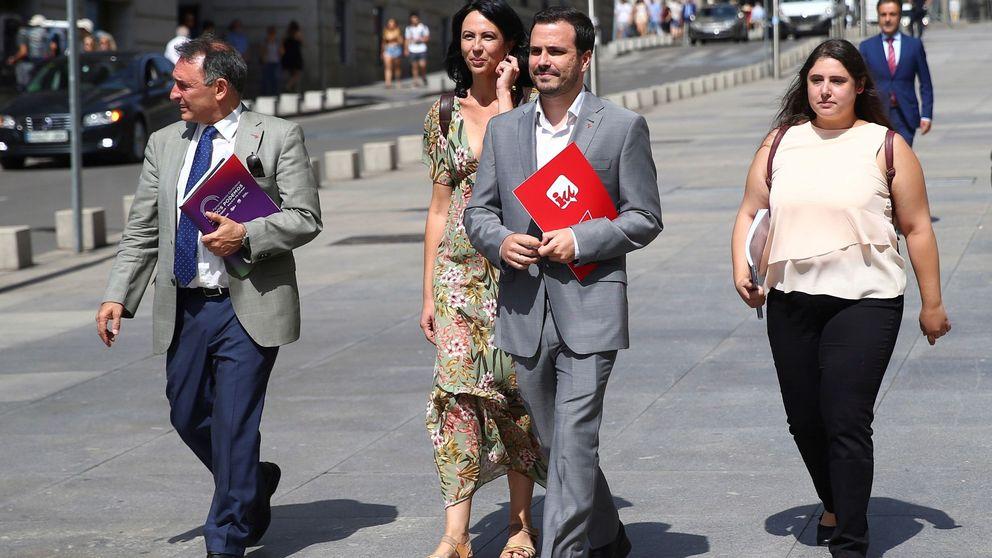 IU se abstiene y media entre PSOE y Podemos para lograr un pacto a última hora