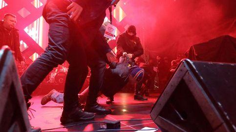 Asesinan al alcalde de la ciudad polaca de Gdansk durante un concierto benéfico