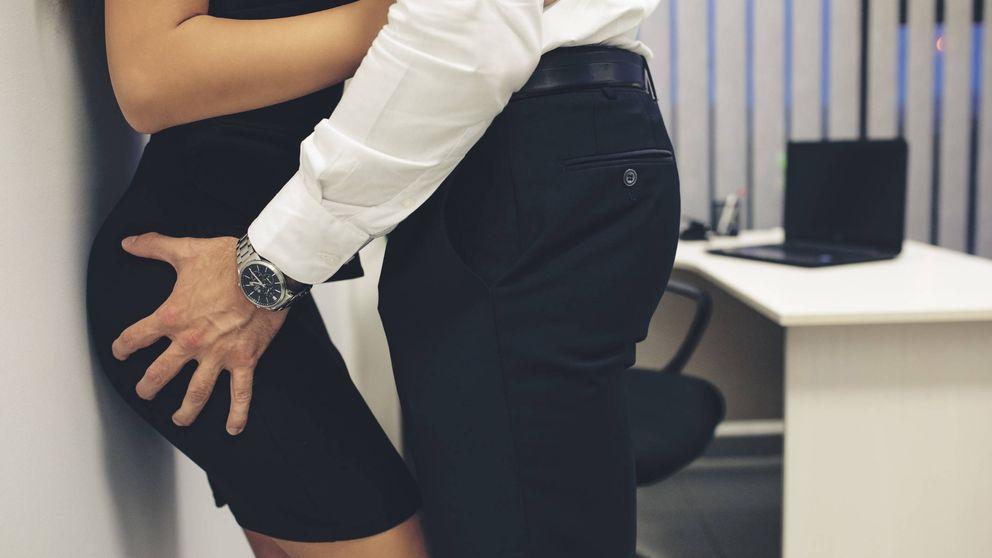 Estaba de viaje por empleo y murió durante una relación sexual: es accidente laboral