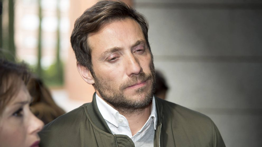 """Antonio David acude a los juzgados """"muy preocupado"""" por la querella de Rocío Carrasco"""