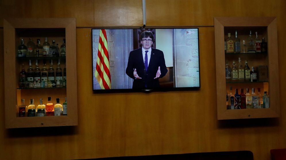 Foto: Carles Puigdemont, durante el discurso institucional (Reuters)