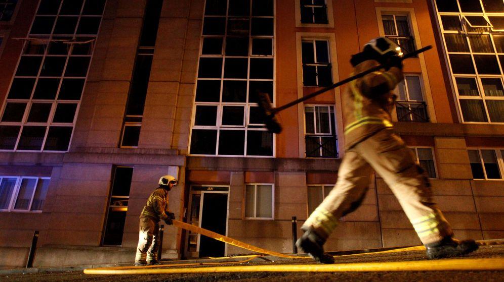 Foto: Un hombre y una mujer incendian una casa en Cádiz por error al confundirla con la de su expareja (Efe)