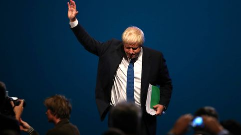 Johnson da oxígeno a May: la batalla por el liderazgo se retrasa hasta conseguir el Brexit