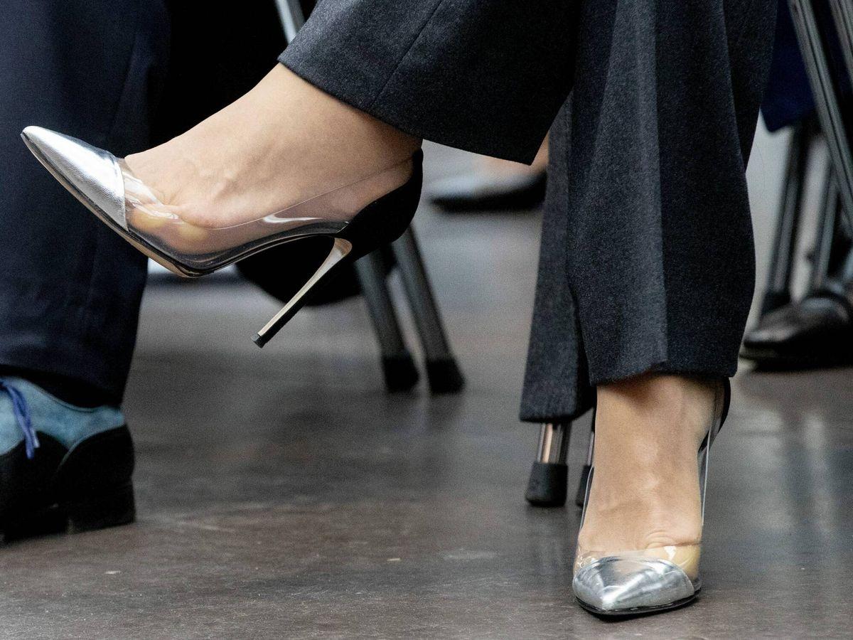 Foto: Maxima de Holanda luce zapatos con detalle de vinilo. (Cordon Press)