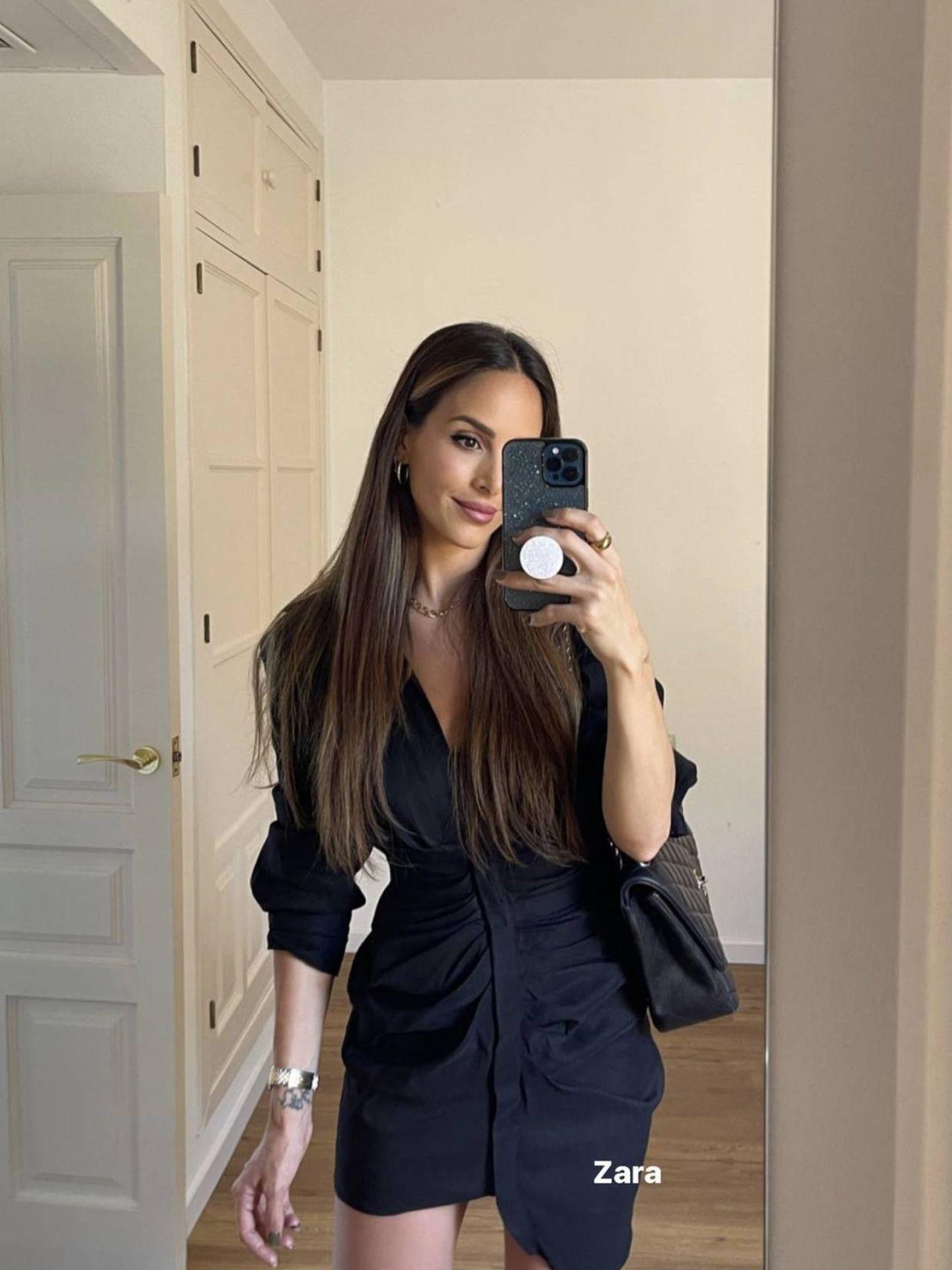 Rocío Osorno posa en Instagram con un vestido negro de Zara. (Instagram, @rocio0sorno)