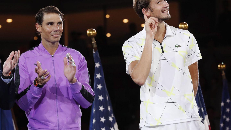 Medvedev bromea con el público en la pasada entrega de premios del US Open. (EFE)