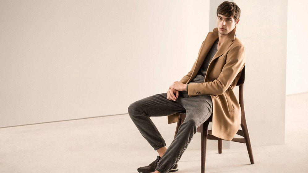 Foto: Del abrigo a la gabardina. Estos básicos harán que tus estilismos parezcan (más) caros. (Foto: Massimo Dutti)