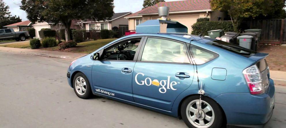 Foto: El coche sin conductor de Google, cerca de ser una realidad: ¿pero es legal en España?