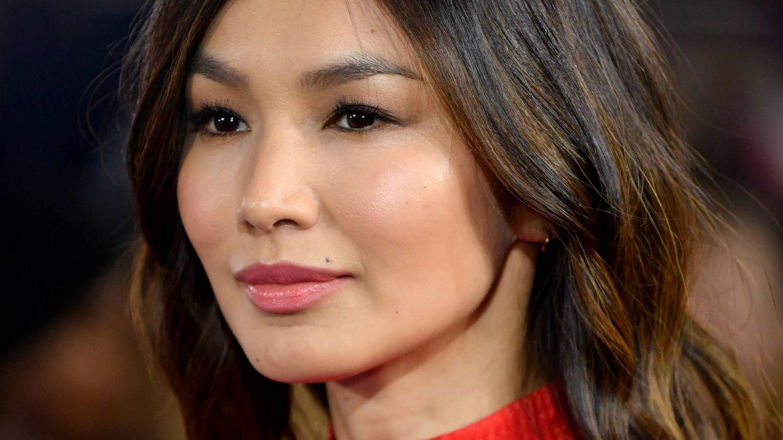 Gemma Chan puede presumir de una piel impoluta: hidratada, libre de manchas y de arrugas y con un tono uniforme. (Getty)