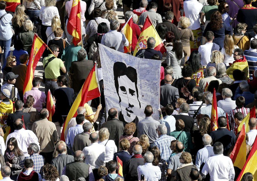 Foto: Manifestación de la AVT en contra del fin de la doctrina Parot (Efe)