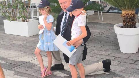 Alberto de Mónaco, todo un padrazo con sus mellizos mientras Charlène sigue en Sudáfrica