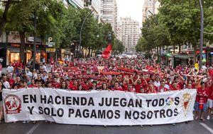 La LFP alarga una semana más la agonía del Racing y el Real Murcia