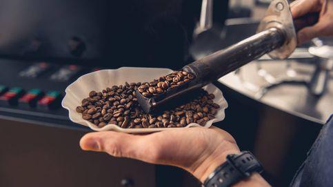 Tomar café reduciría el riesgo de párkinson (incluso entre los que tienen más posibilidades genéticas)