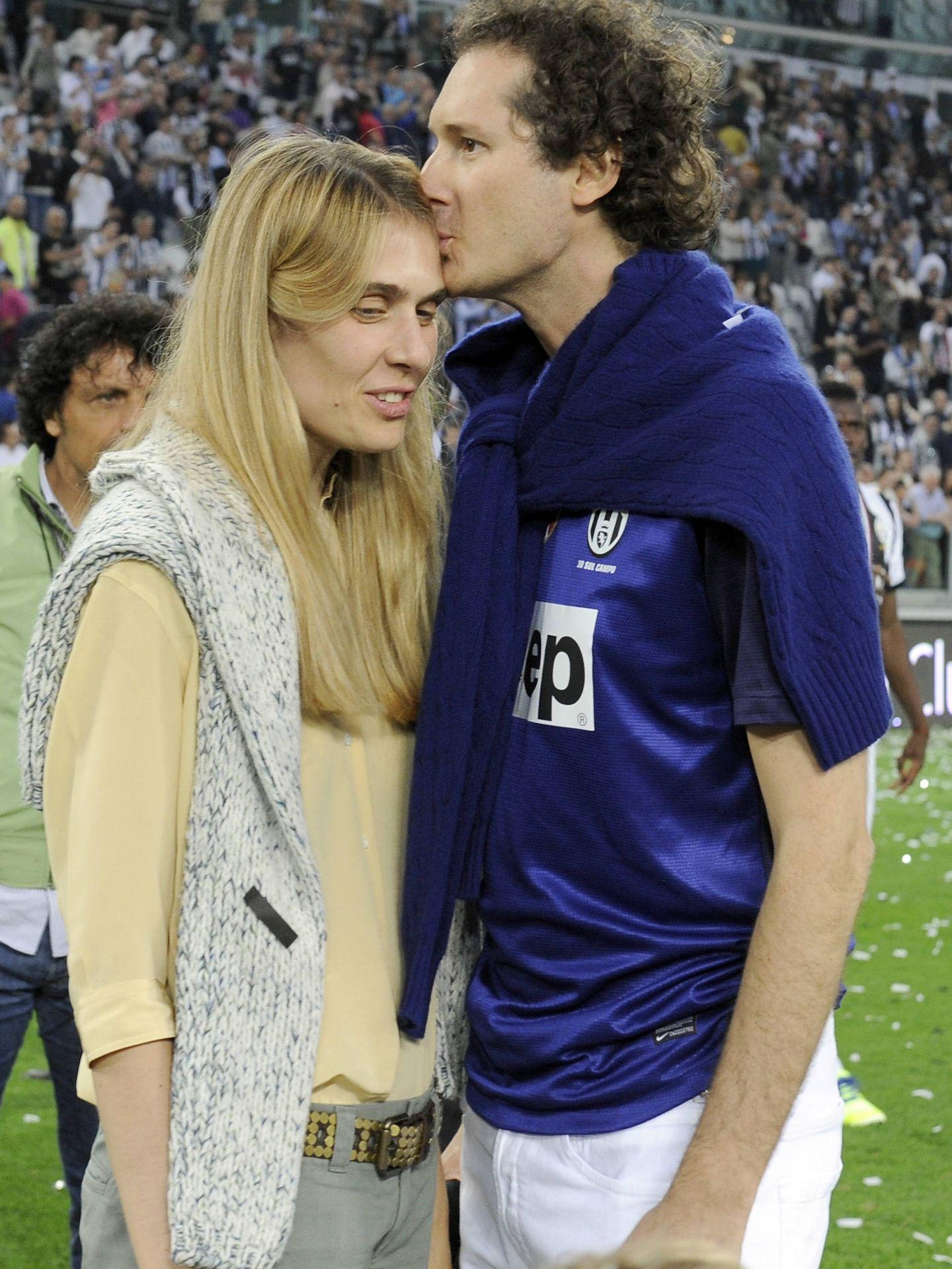 Lavinia Borromeo y su marido, en un partido de la Juventus.
