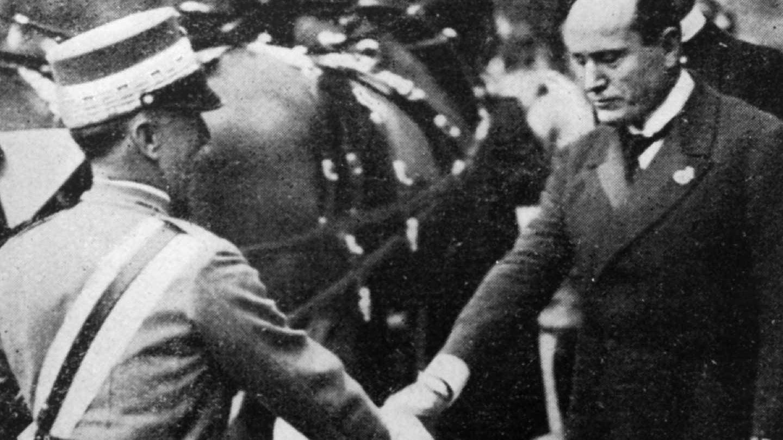 Vittorio Emanuelle III y Benito Mussolini