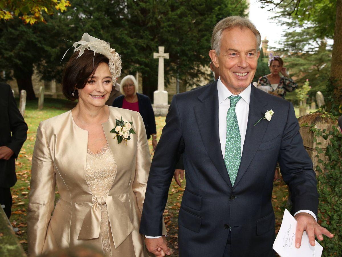 Foto: Cherie y Tony Blair, en la boda de su hijo mayor. (Getty)