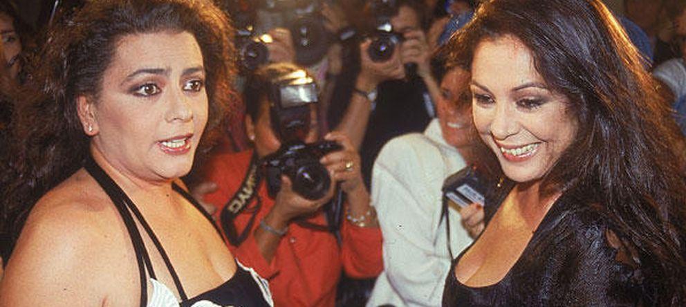 Foto: María del Monte e Isabel Pantoja, en una imagen de archivo (Gtres)