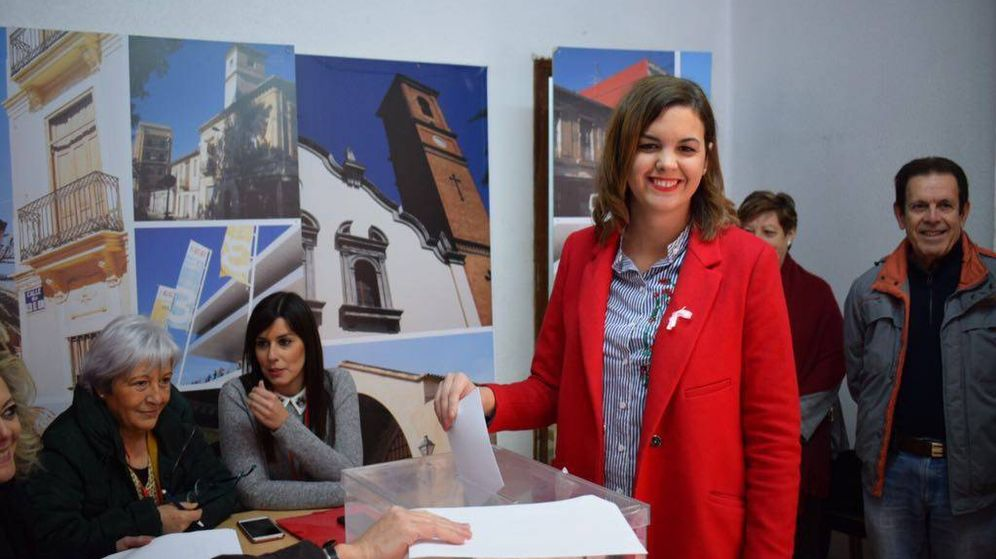 Foto: Sandra Gómez, este domingo, cuando ha votado en su agrupación del PSPV-PSOE en Valencia.