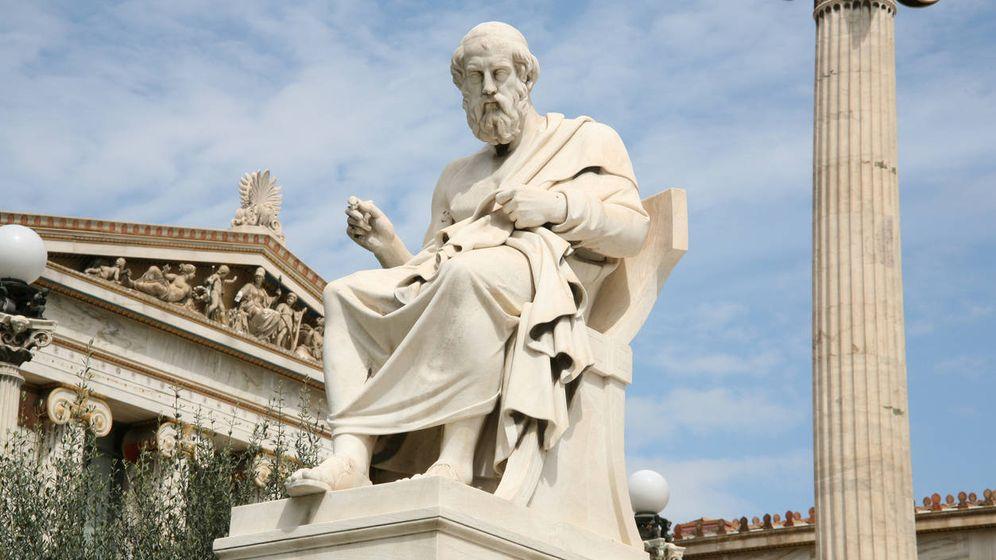 Foto: Fue Platón el primero en avisarnos de que había que separar el mundo de las ideas de su reflejo borroso en esta caverna en la que estamos recluidos... (Foto: iStock)