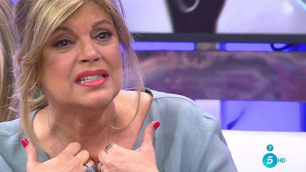 Foto: Terelu Campos rompe a llorar en 'Sálvame'.
