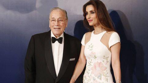 Paloma Cuevas reaparece en una boda tras firmar su divorcio: los detalles de su look