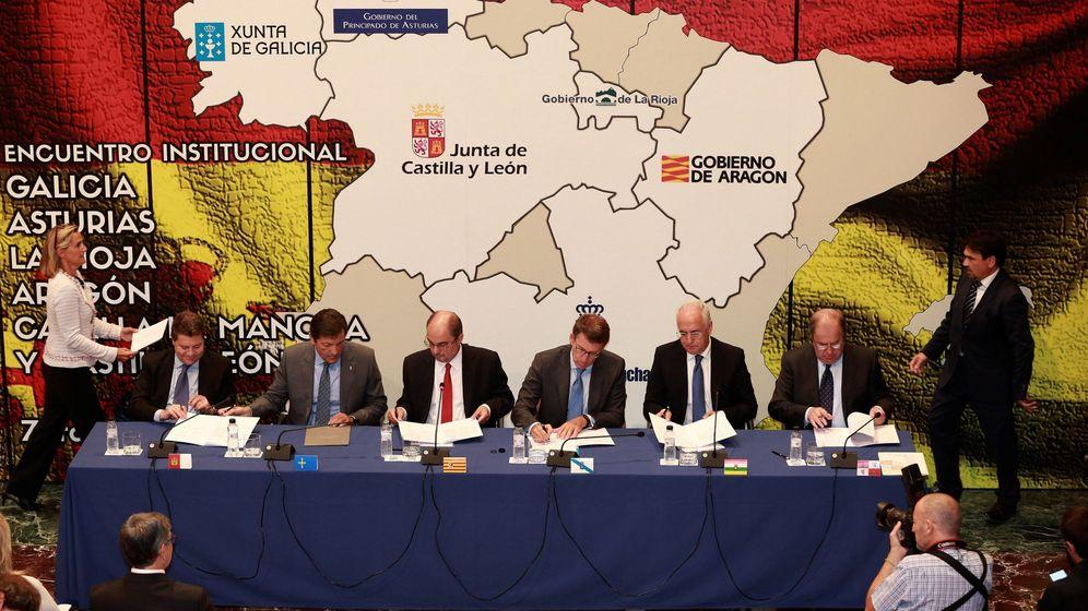 Foto: Los presidentes de las seis comunidades firmantes de la declaración para la reforma de la financiación autonómica. (FE)