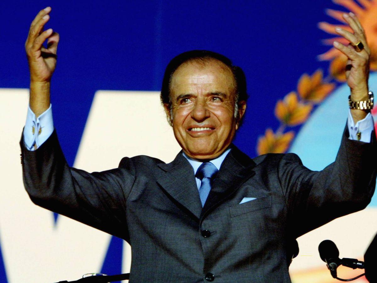 Foto:  Carlos Menem, en un mitin en 2003. (Getty)