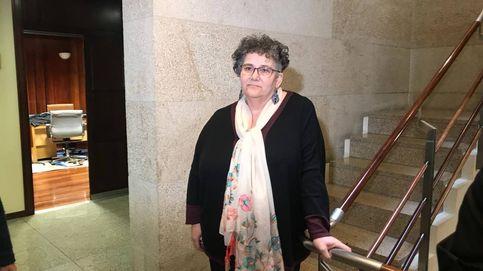 La defensora del pueblo gallega que enchufó a la hermana de un cargo del PP se enroca