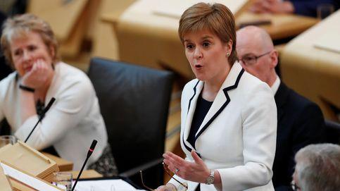 Sturgeon propondrá un 2º referéndum de independencia en Escocia antes de 2021