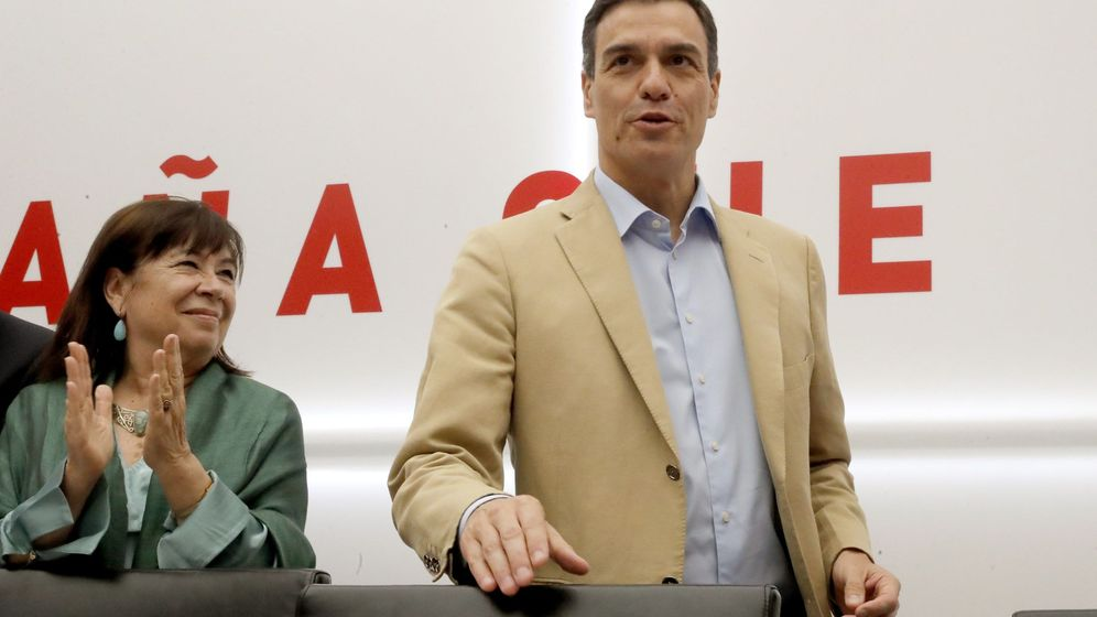Foto: Cristina Narbona y Pedro Sánchez. (EFE)