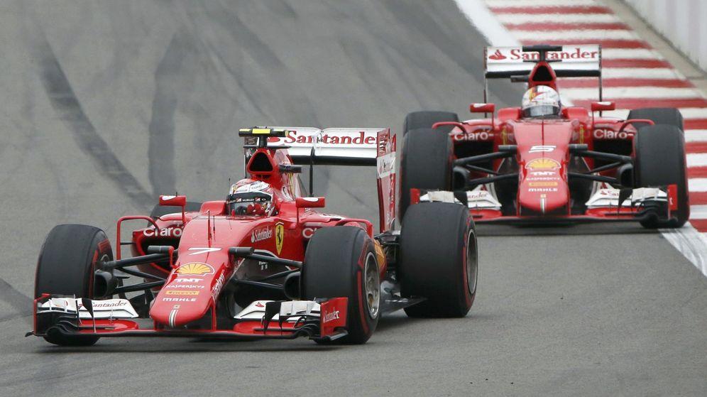 Foto: Raikkonen y Vettel esta temporada (Reuters)