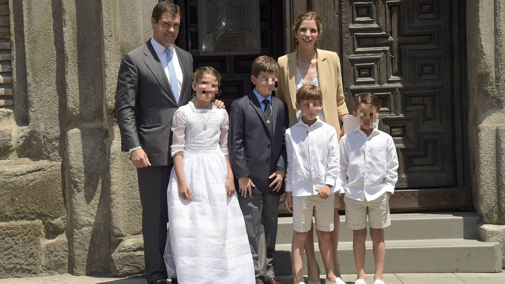 Los Franco hacen piña en la comunión de la primogénita de Luis Alfonso de Borbón