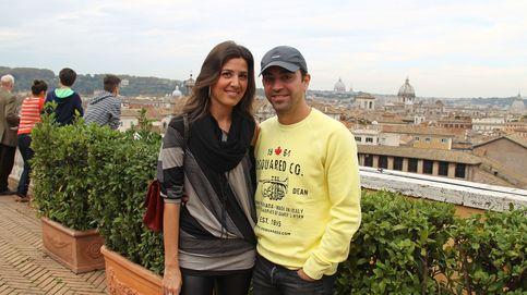 Xavi Hernández y Nuria Cunillera, padres de una niña llamada Asia