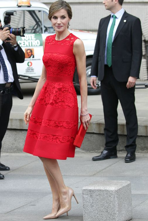 Vestido rojo fiesta carolina herrera
