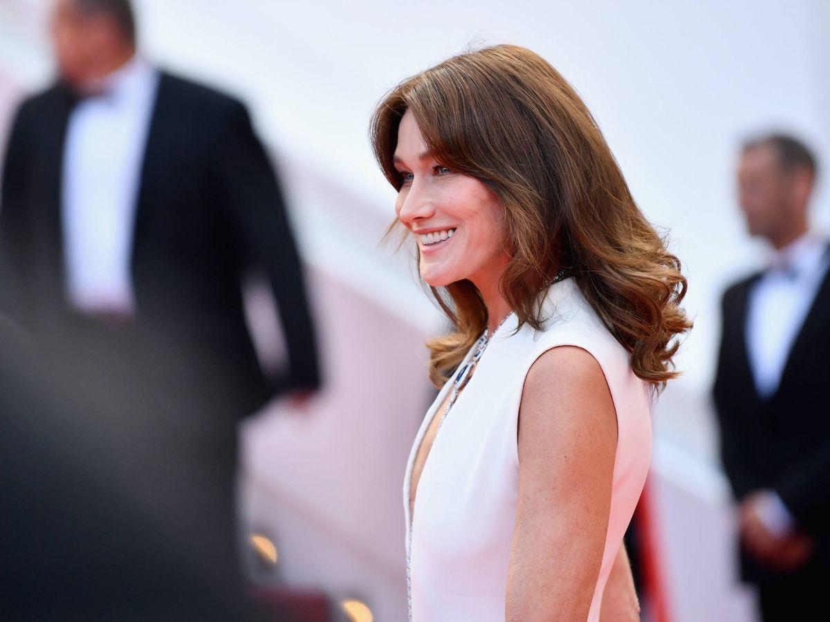 Foto: Carla Bruni, con su media melena en el Festival de Cine de Cannes. (Getty)