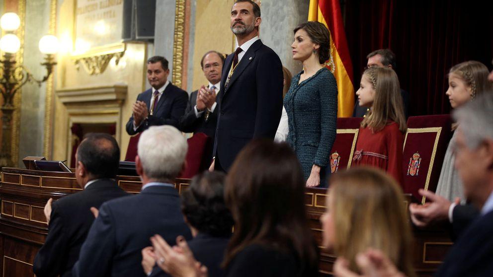 El Rey encara la nueva realidad: gestos de Podemos, el desafío catalán...