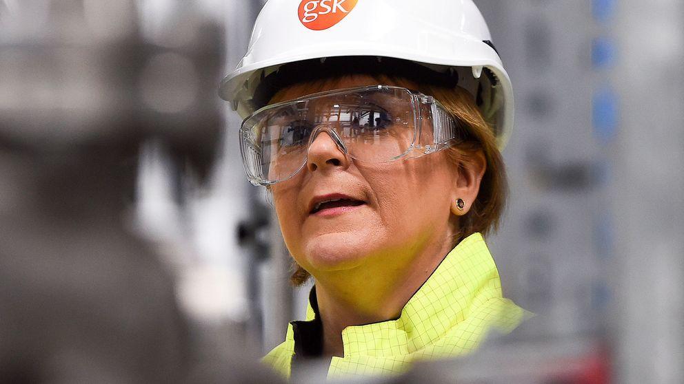 Sturgeon no apostaría dinero a que May sigue en su puesto para el brexit