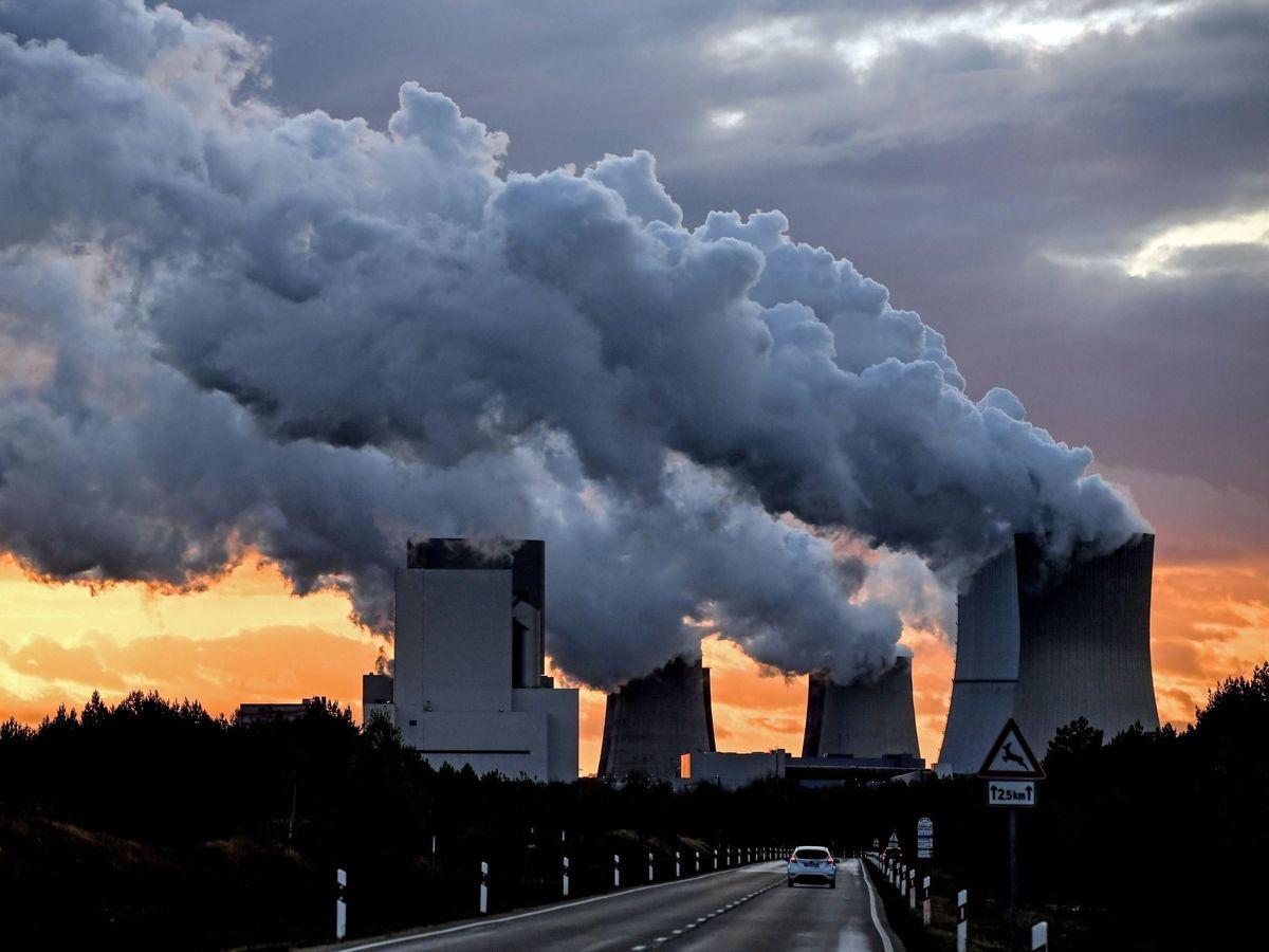 Foto: El Tratado de la Carta de Energía protege las inversiones en el sector energético, especialmente en los combustibles fósiles. EFE